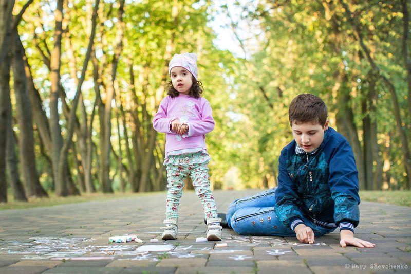 братья и сестры людей с аутизмом
