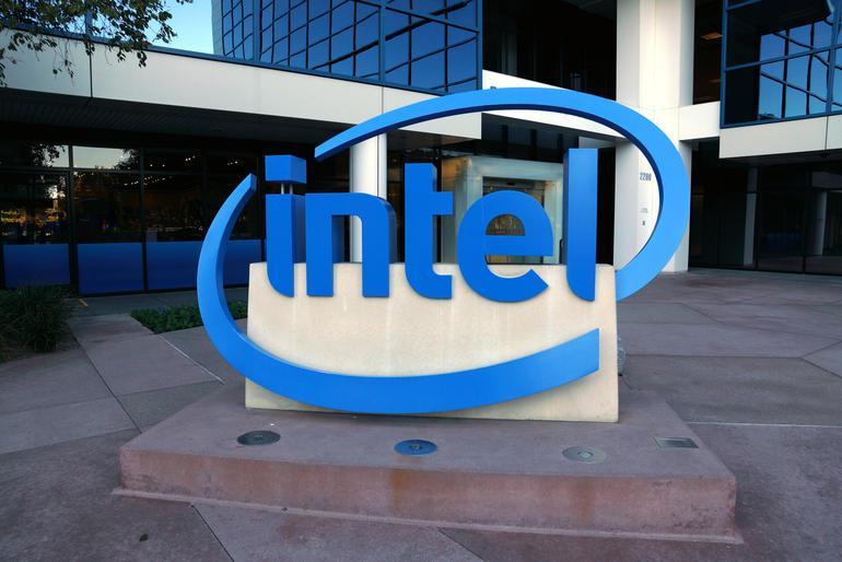 Intel будет использовать носимую электронику для исследования болезни Паркинсона