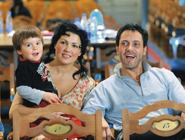 10 знаменитых родителей, которые воспитывают особенных детей