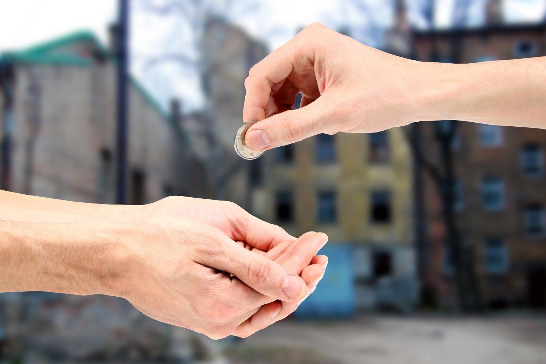 россияне стали чаще жертвовать на благотворительность