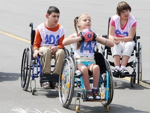 В Беларуси планируют усилить социальную защиту семей, воспитывающих детей-инвалидов