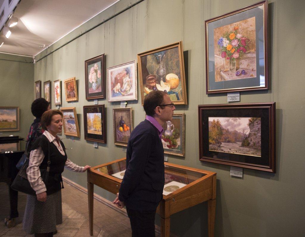 на благотворительной выставке собрали 4 млн рублей
