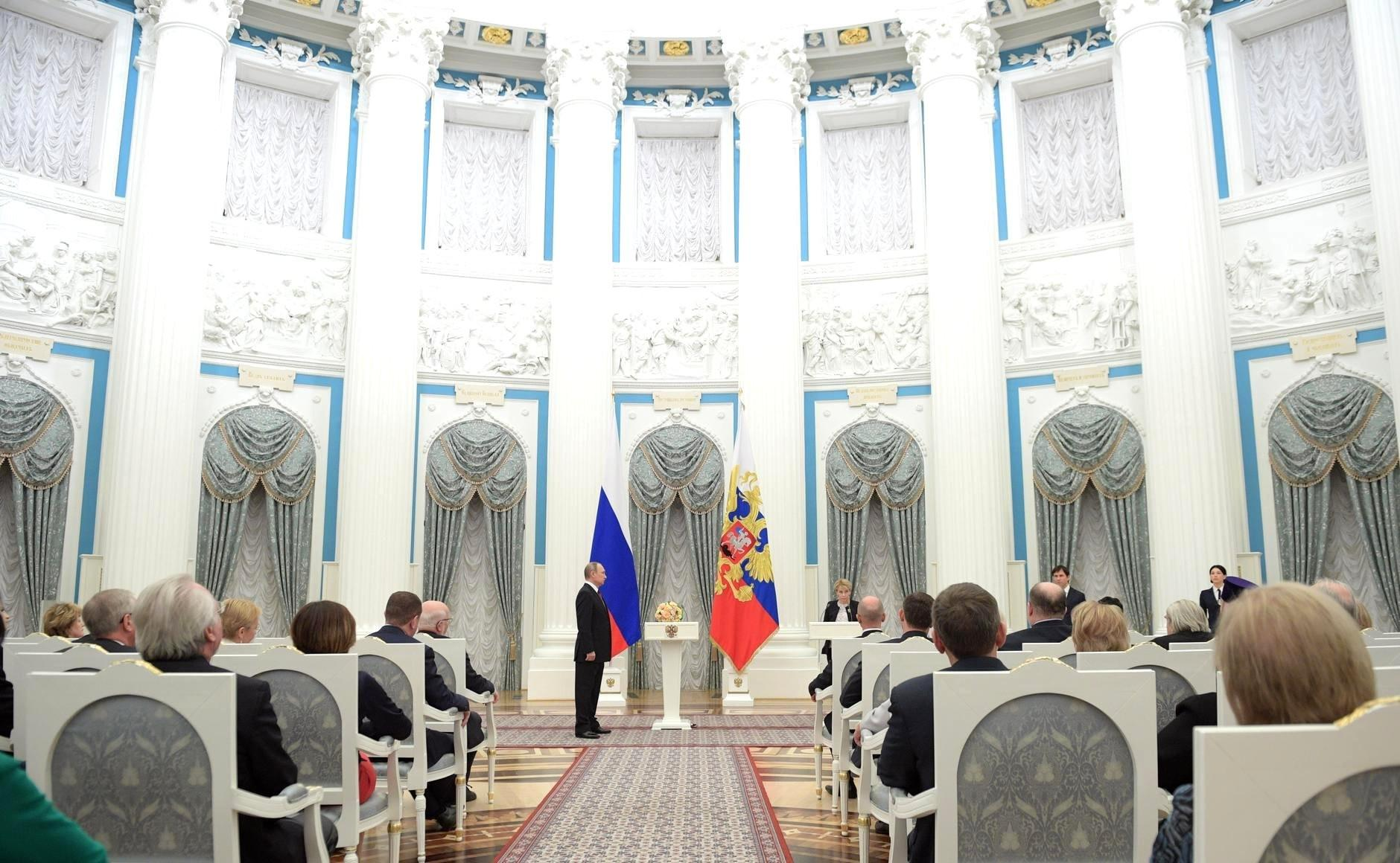 Вручены первые государственные премии за достижения в благотворительной и правозащитной деятельности