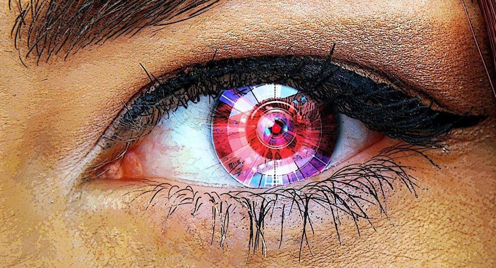 десять англичан в 2017 году получат искусственные глаза