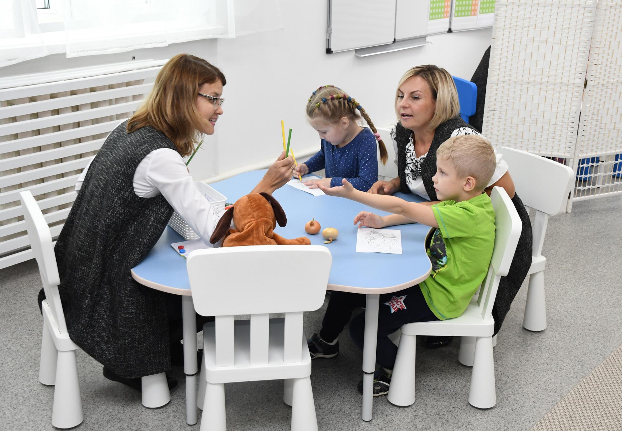 Детям с аутизмом в школе нужен не равный с инвалидами статус, а особые условия