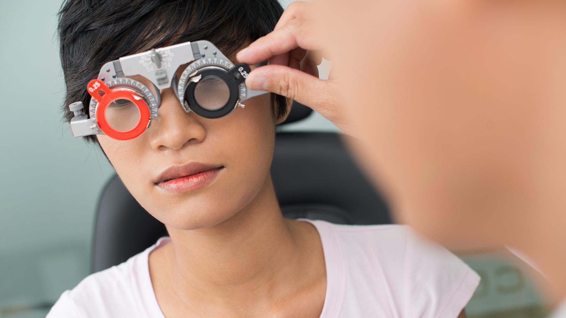 Стимуляция мозга электрическим током улучшает зрение человека