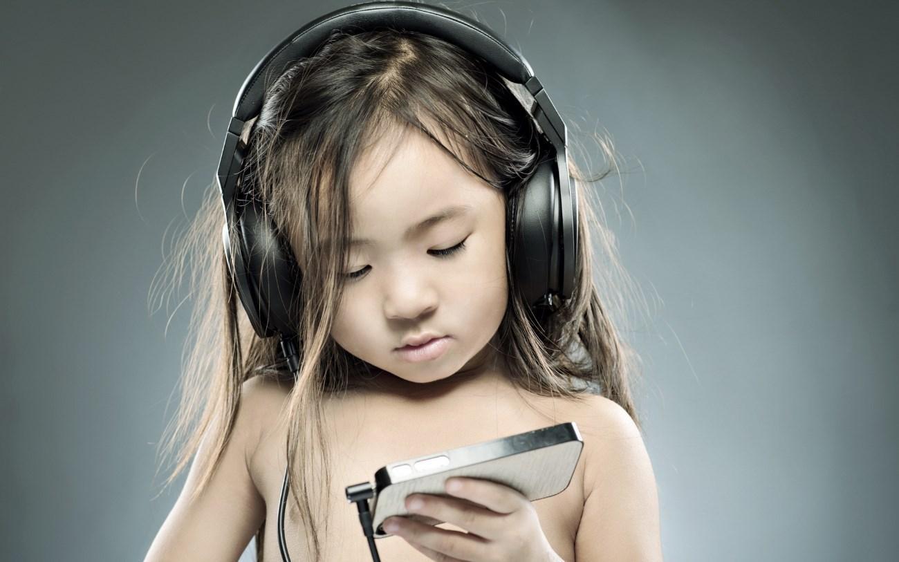 Китайский язык настраивает детей на музыку