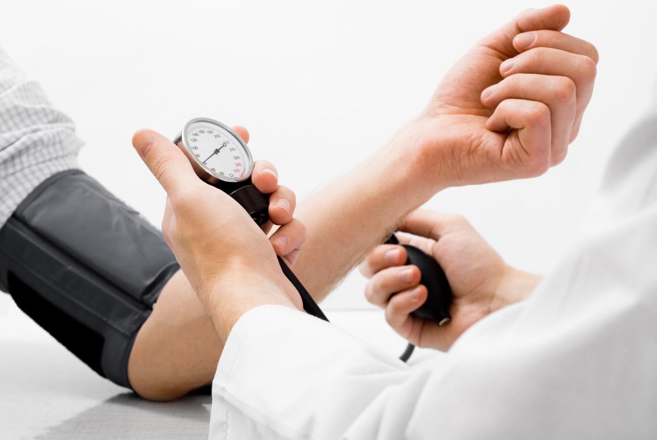 названы новые цифры нормального артериального давления у пожилых