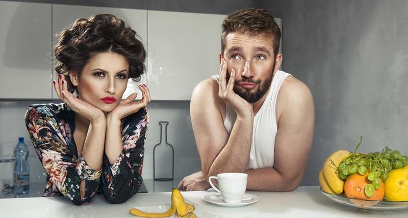 жены спасаются от семейных ссор на кухне