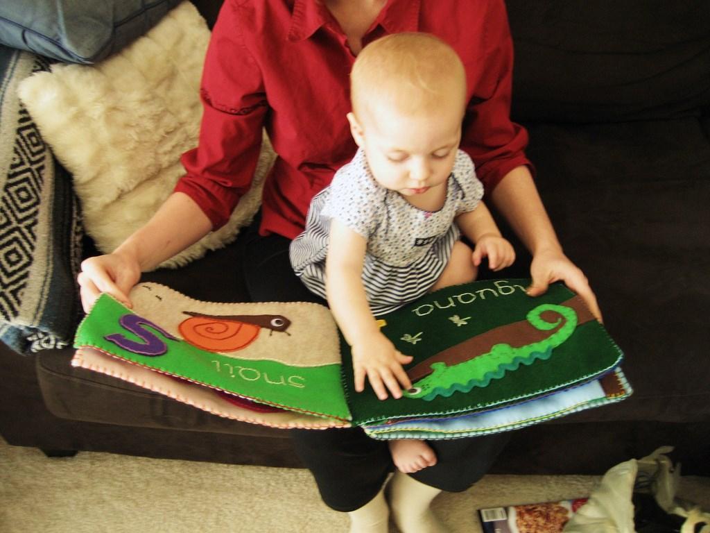 ребенок учит первые слова еще в утробе матери