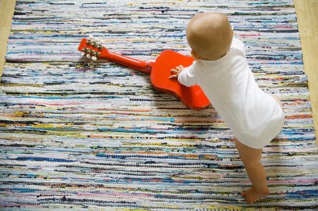 музыка настраивает детский мозг на речь