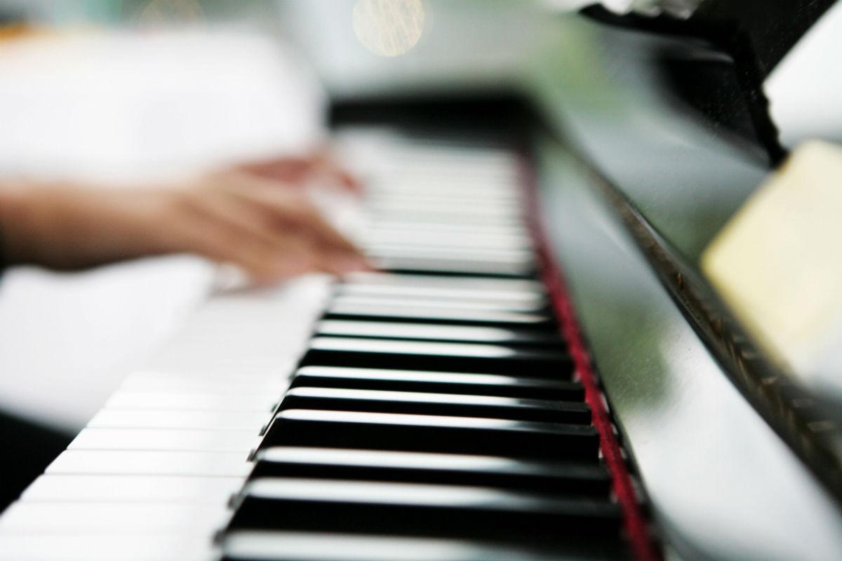 игра на музыкальных инструментах улучшает реакцию