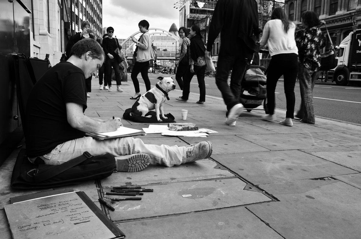 slide 358961 3994222 - История о том, как бездомный завел собаку – и стал знаменитым художником