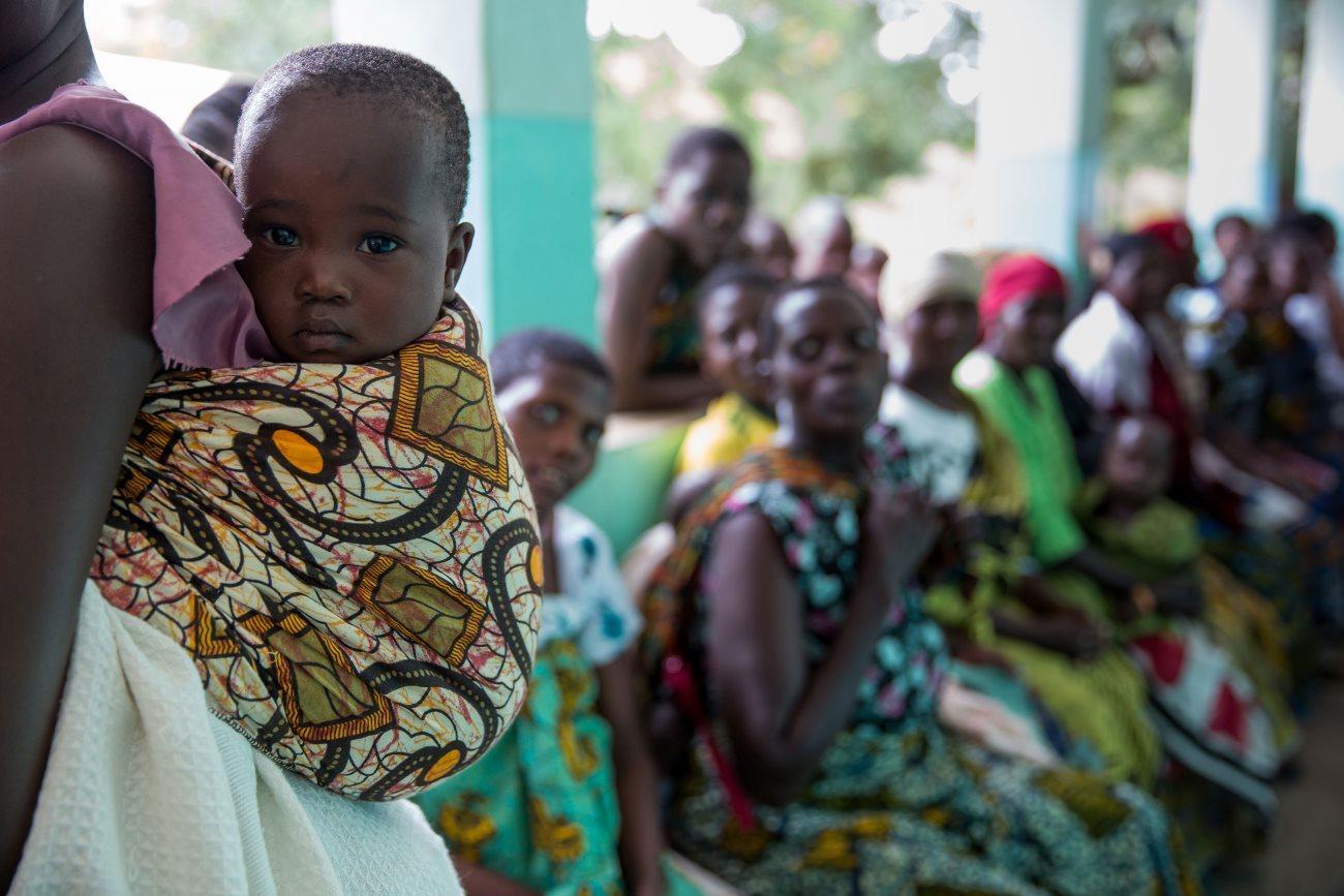 Британия профинансирует доставку лекарств с помощью дронов в Танзании