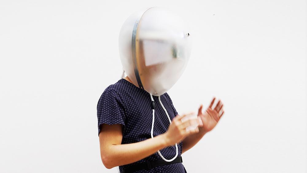 Создан шлем, который позволит вам ощутить все «прелести» старческого маразма