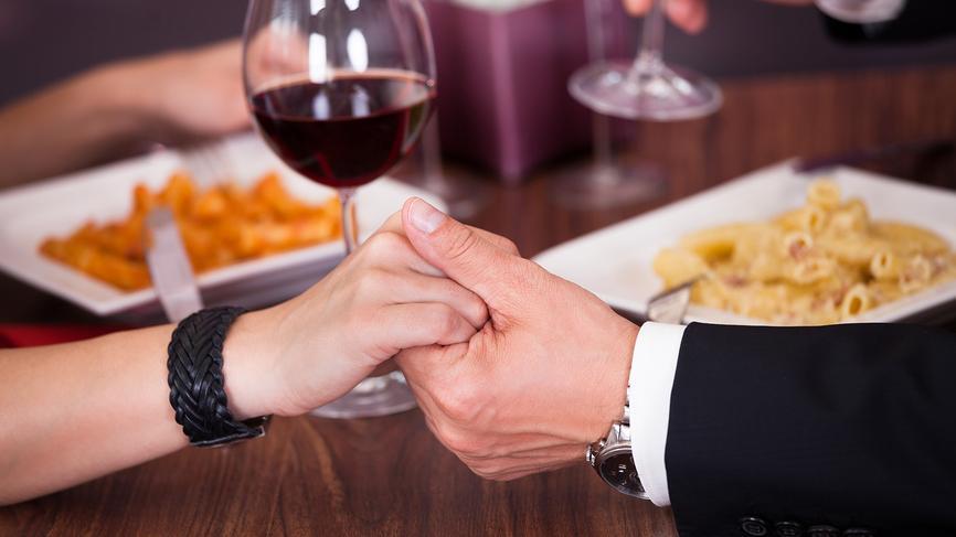 5 продуктов которые не подходят для романтического ужина