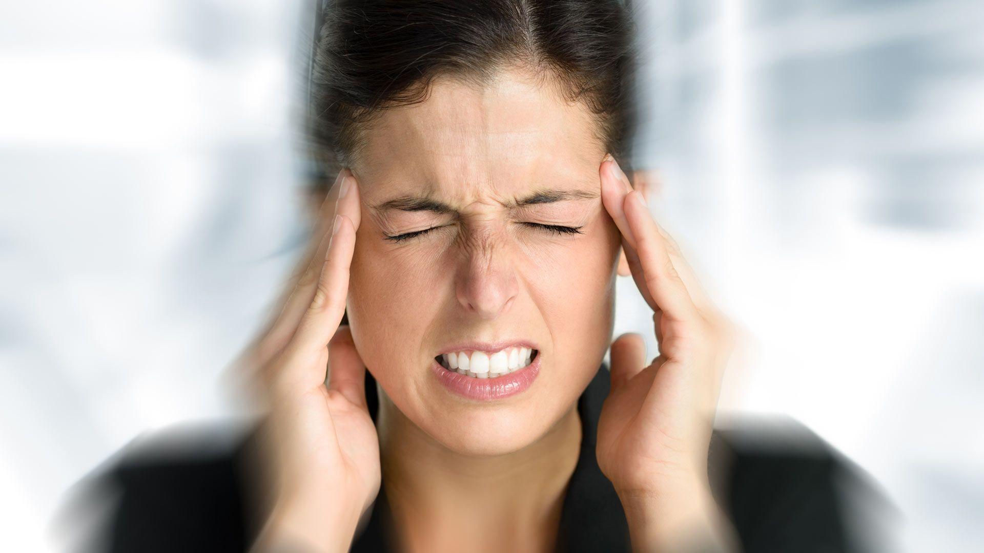 Потемнение в глазах при резкой смене положения сулит деменцию