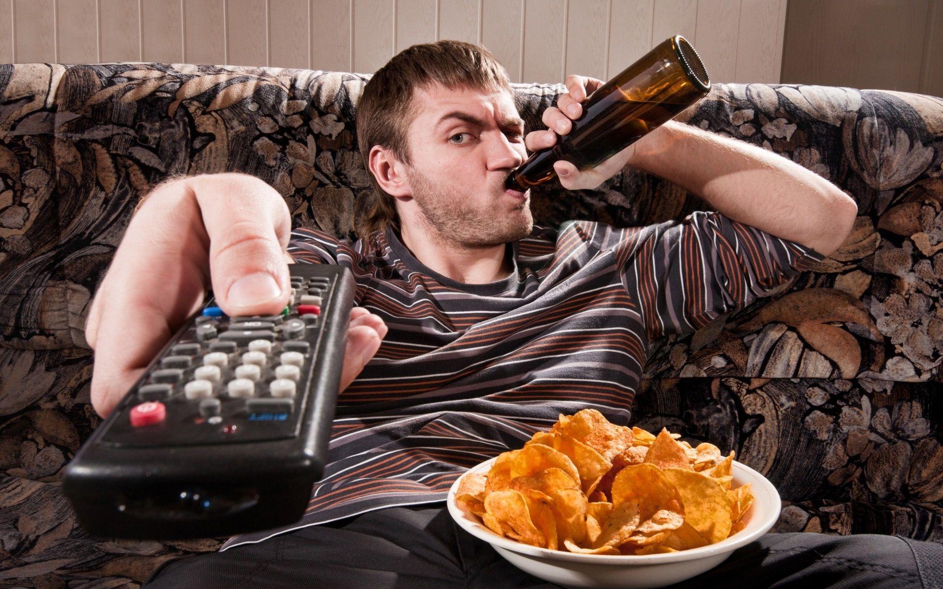 «Телеманьяки» не знают о принципах здорового питания