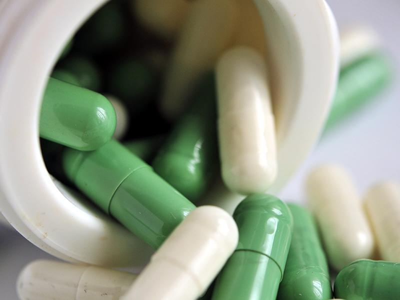 68% амбулаторных больных сами обеспечивают себя лекарствами