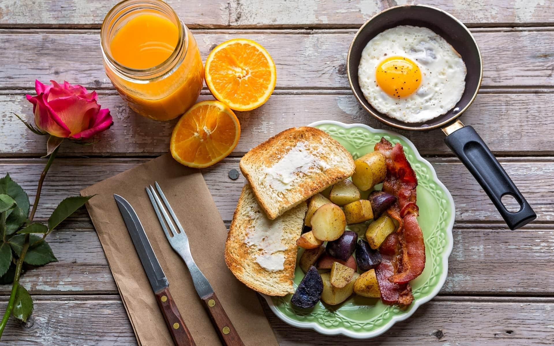 Метаанализ оспорил пользу завтрака для потери веса