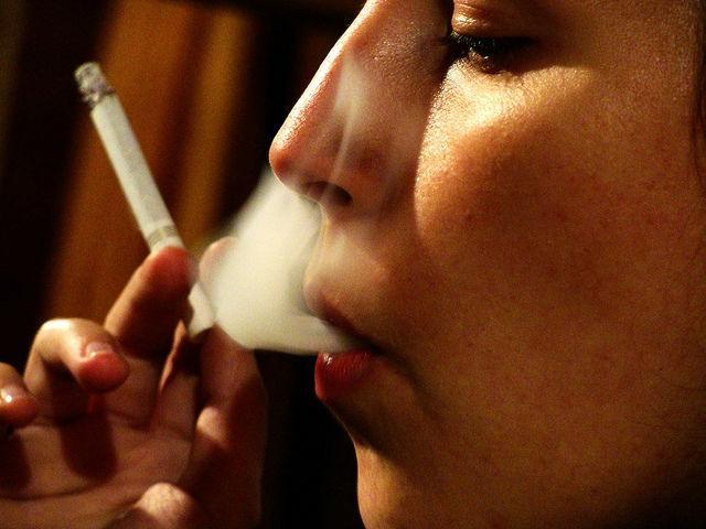 курящие беременные женщины