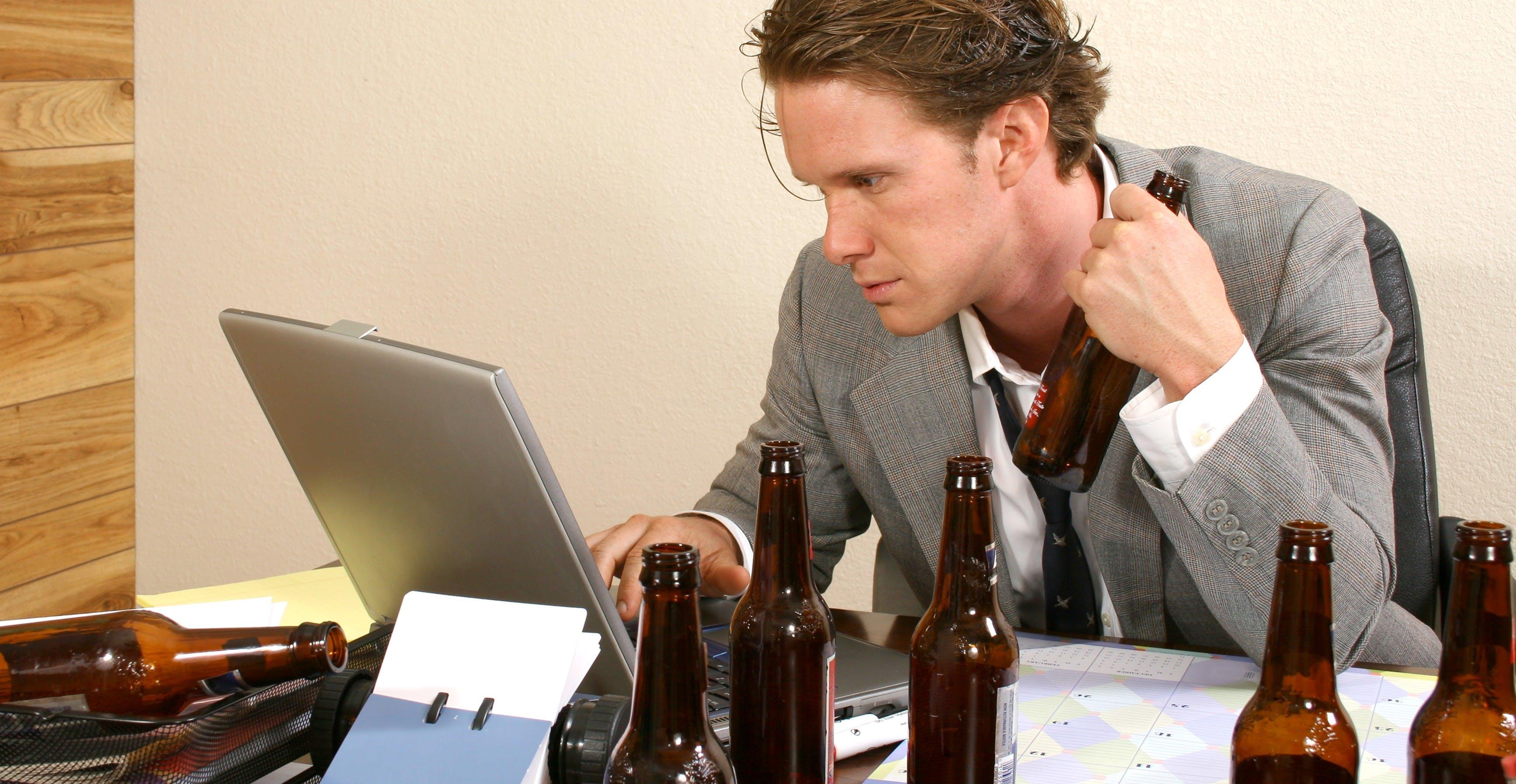 Алкоголь повышает креативность