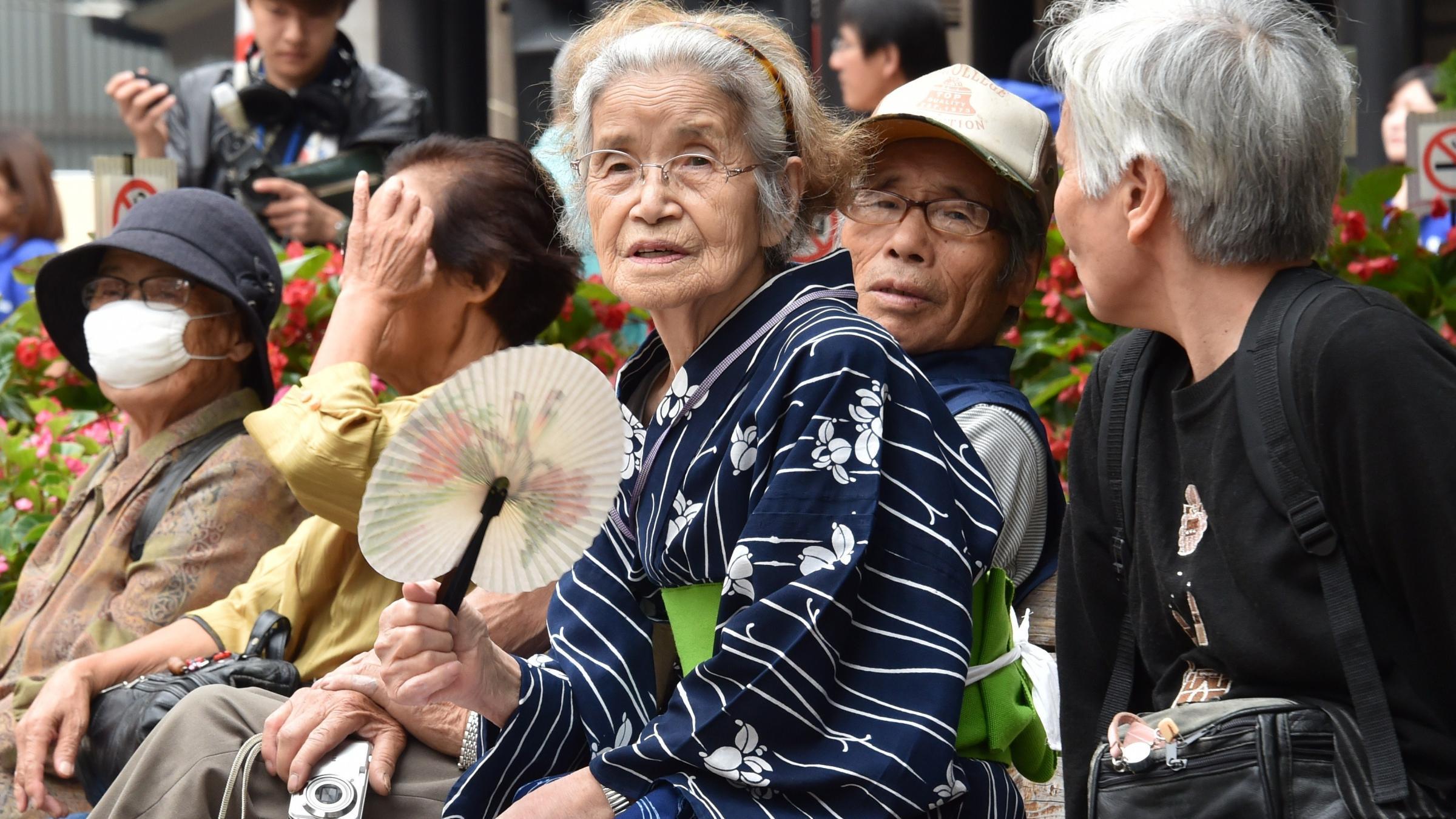Средняя продолжительность жизни достигнет 90 лет, но пока лишь в одной стране