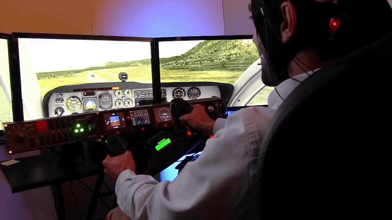 Новичков-пилотов будут обучать мастерству с помощью мозговых волн профессионалов