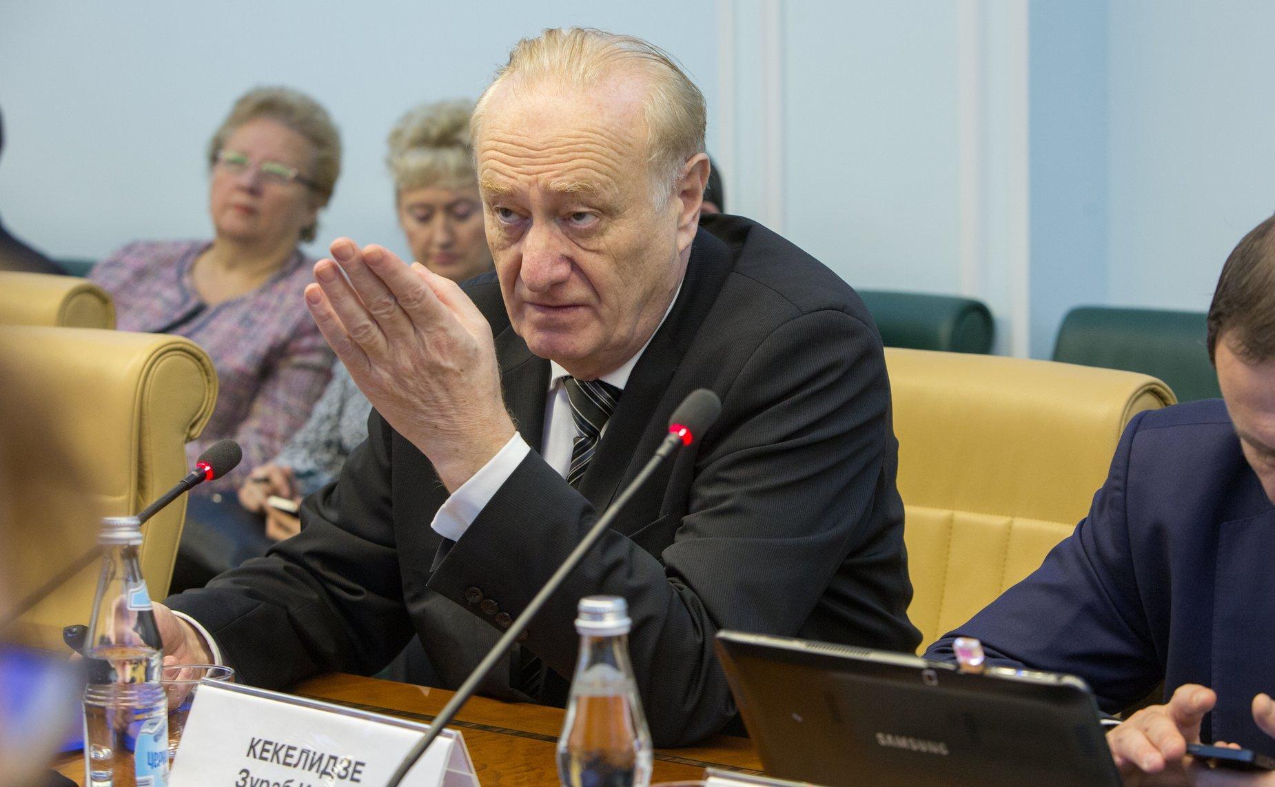 Россия заняла 14-е место в мире по суицидам