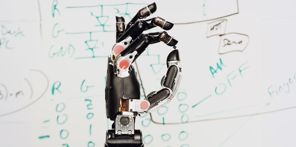 Новая система роботизированных протезов учится на своих ошибках