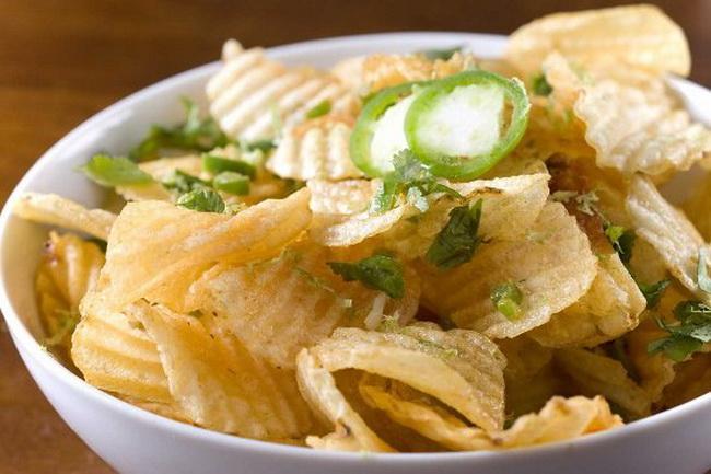 наука попробовала объяснить причину зависимости поедания чипсов