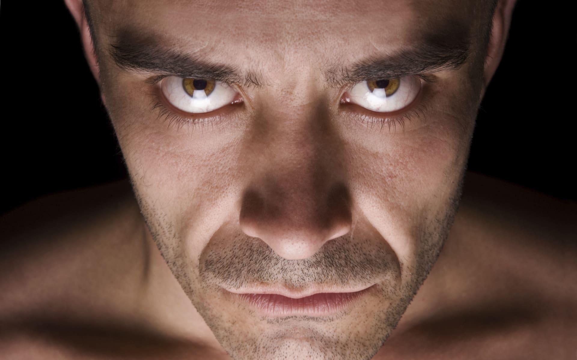 Психологи определили порог дискомфорта при зрительном контакте