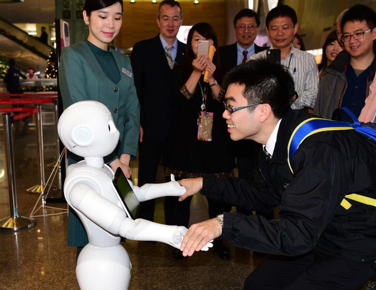 чувствительная к теплу кожа для роботов
