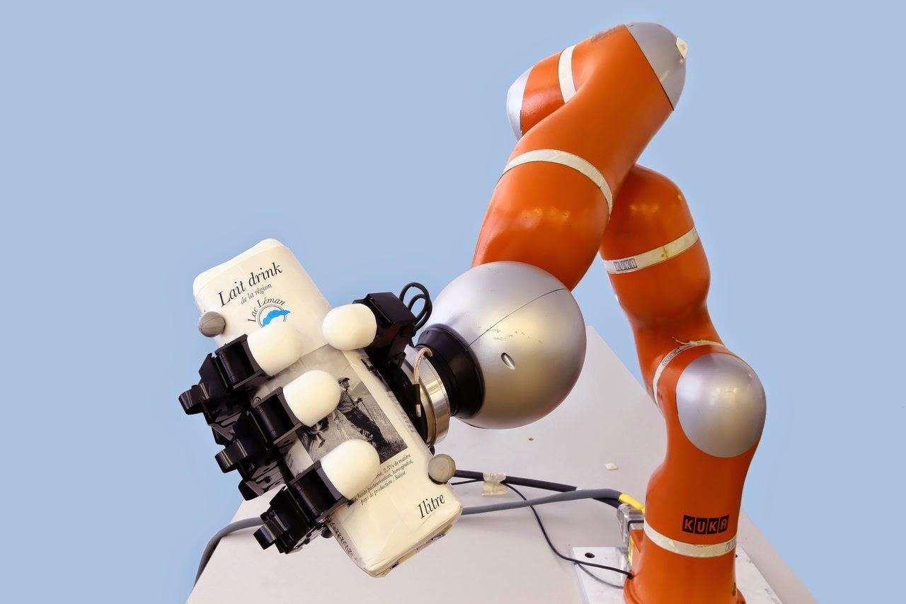 Новую роборуку научили ловить предметы на лету