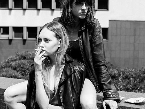 подростки-лесбиянки курят чаще