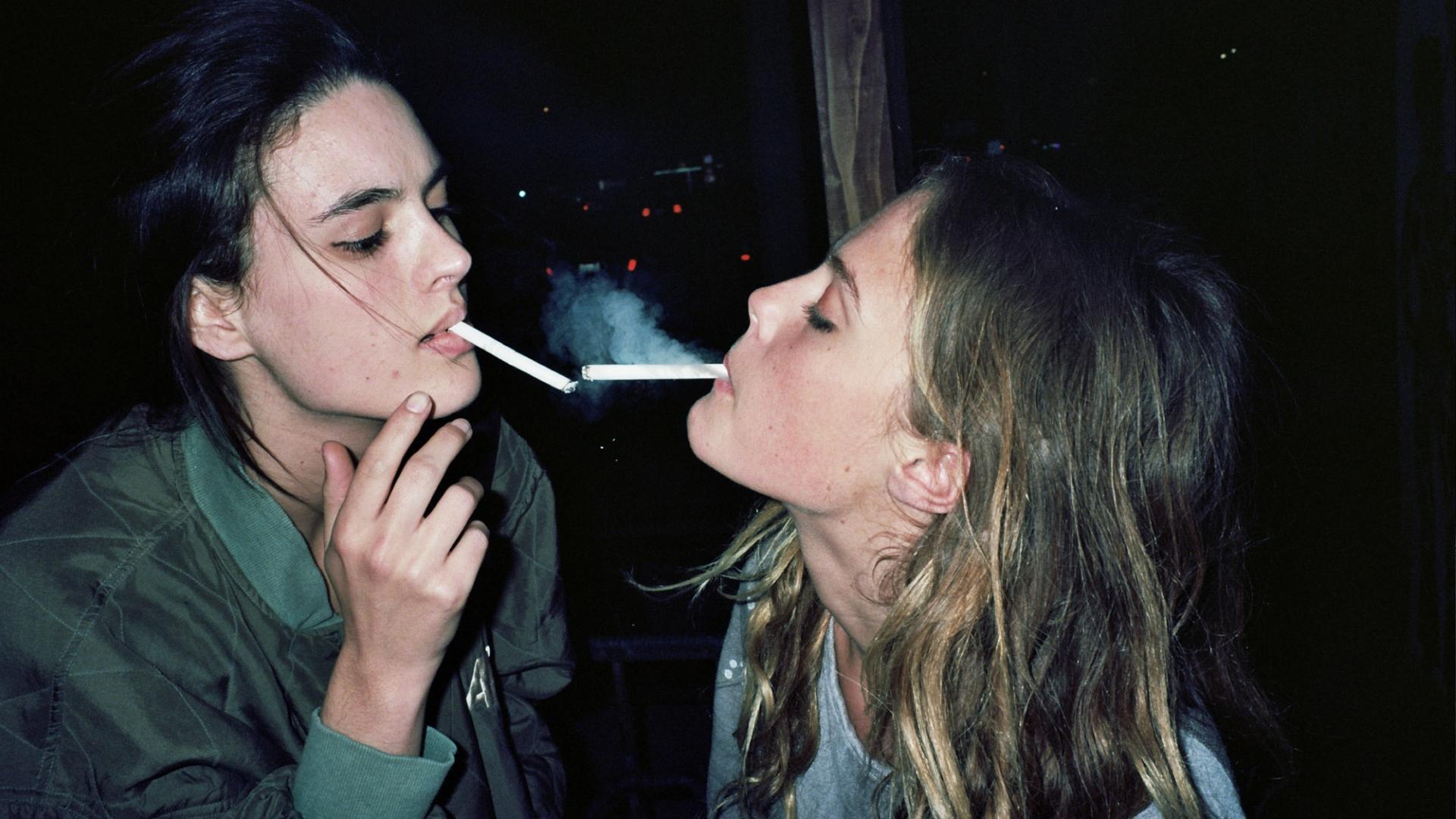 Подростки-лесбиянки курят чаще, чем их сверстницы