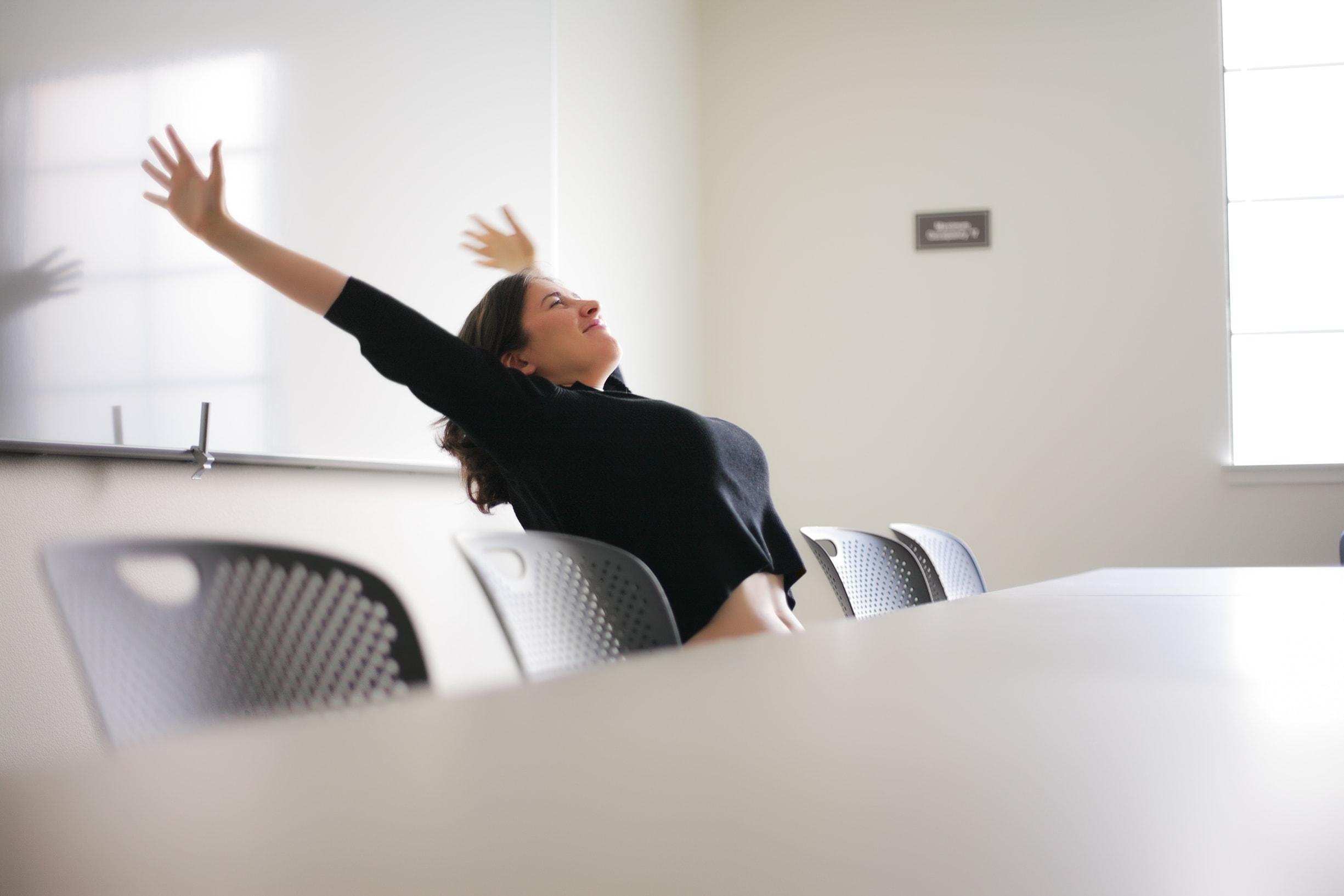 Тайная зарядка в офисе: как и сколько?