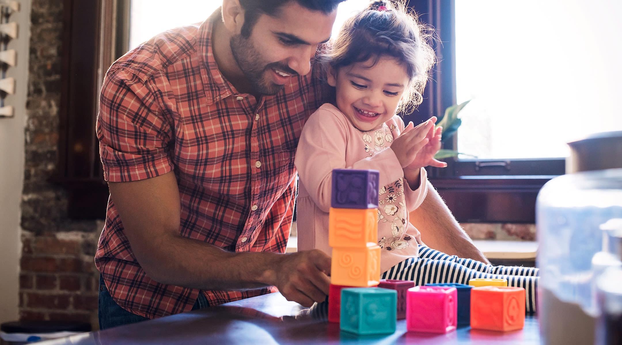 На сыновей и дочерей отцы смотрят по-разному