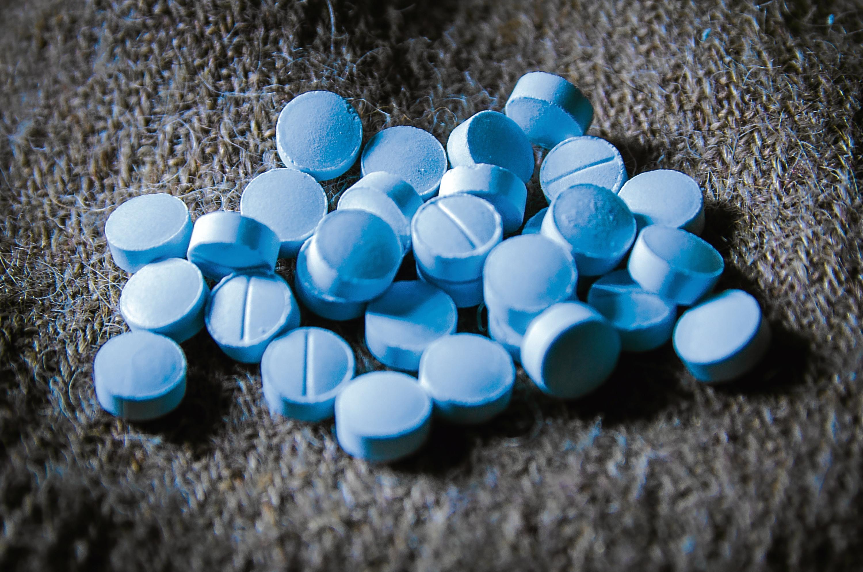 Изучена связь между приемом седативных препаратов и развитием пневмонии у пациентов с деменцией