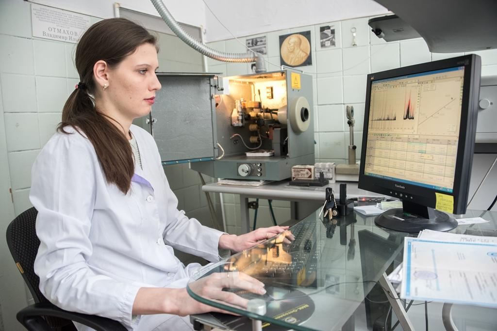 представлен метод диагностики заболеваний при помощи спектрального анализа волос