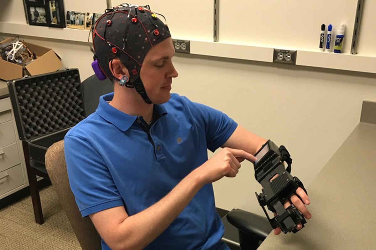 Интерфейс «мозг-компьютер» в реабилитации после инсульта