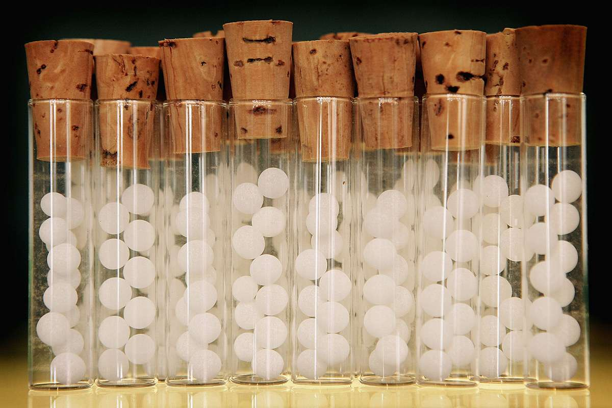 Британских благотворителей обяжут доказывать эффективность народной медицины