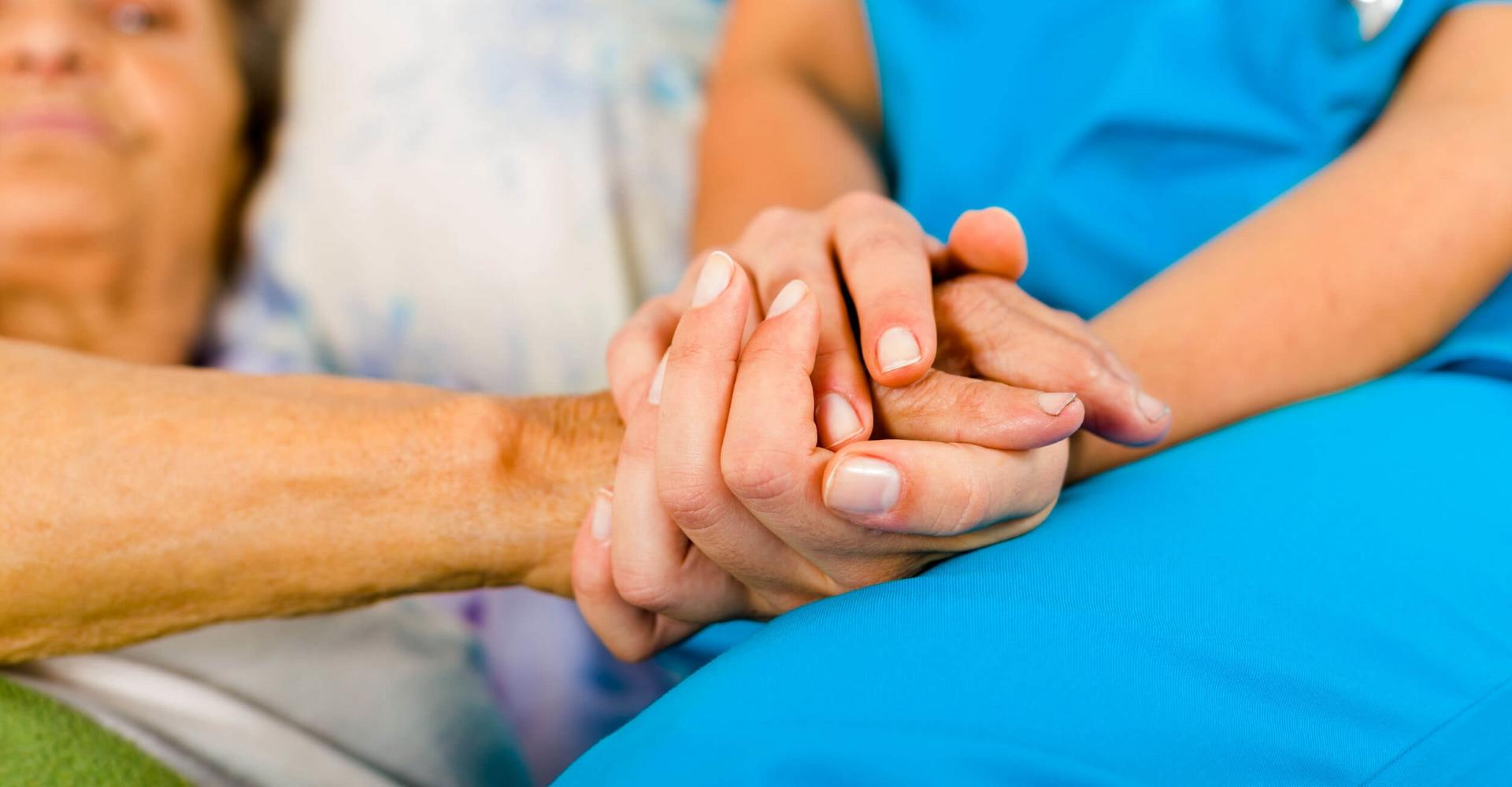 Минздрав планирует создать круглосуточную службу контроля для пациентов из групп риска