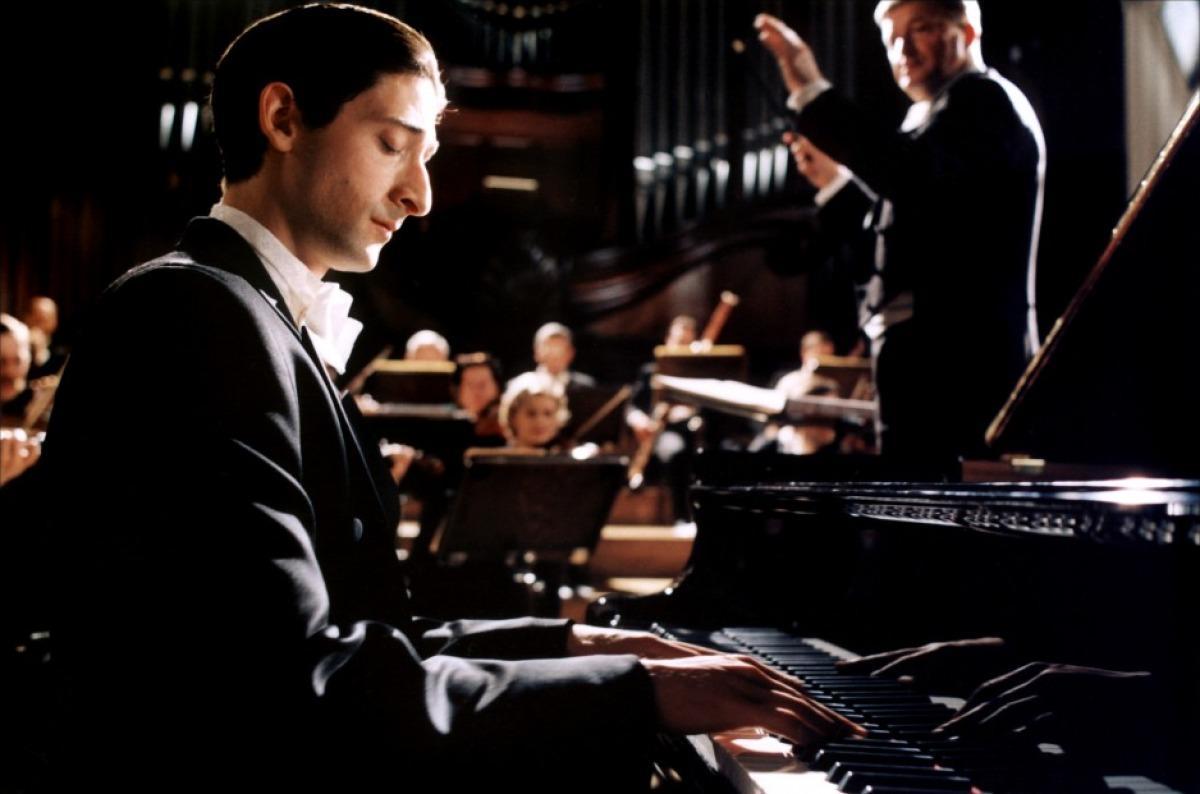 Профессиональные музыканты обошли дилетантов в эмоциональной восприимчивости