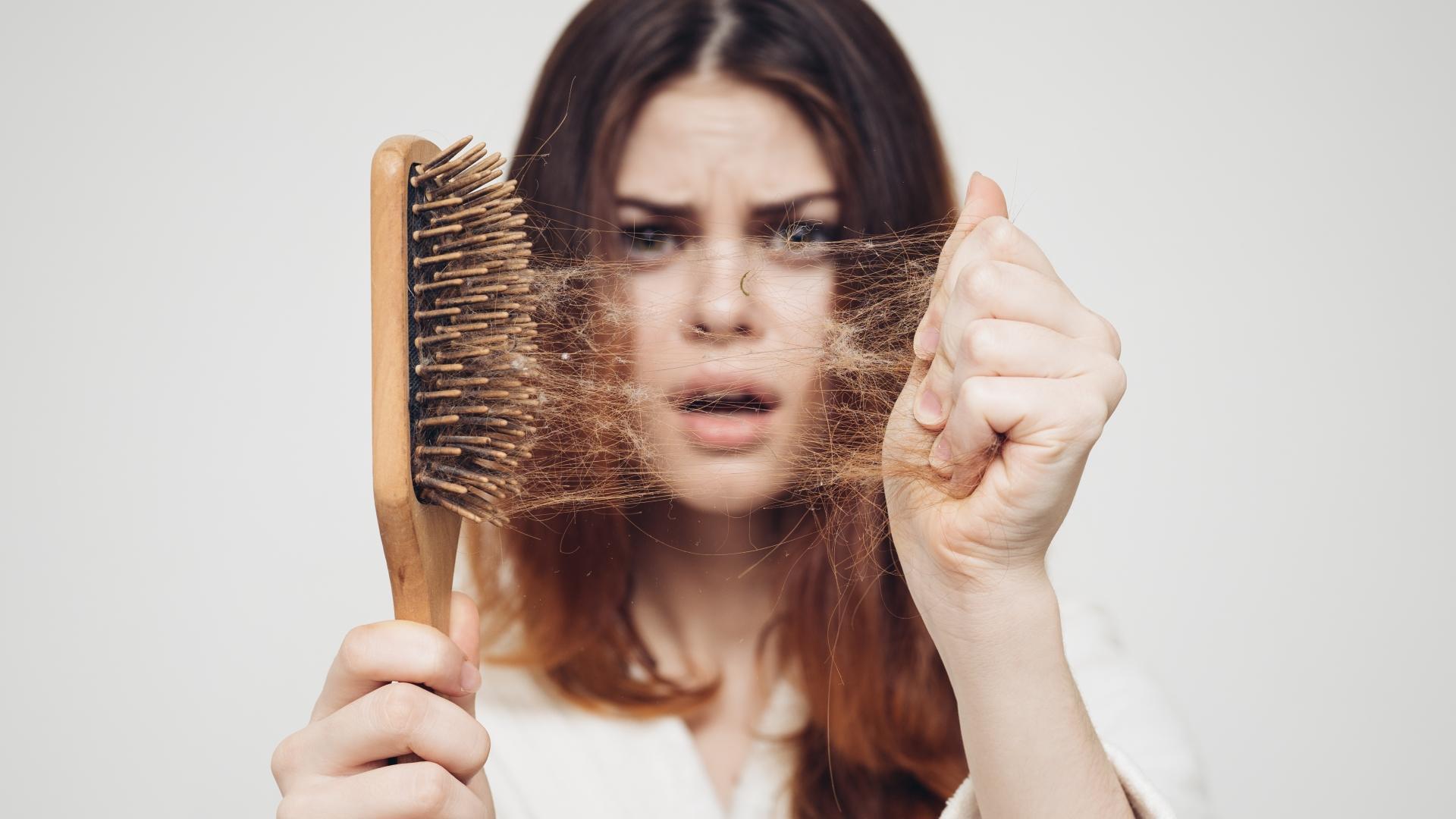 Что вредит здоровью волос?