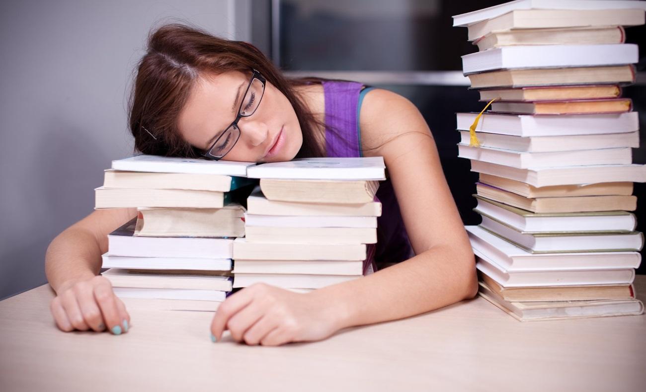 недостаток сна не всегда ведёт к депрессии