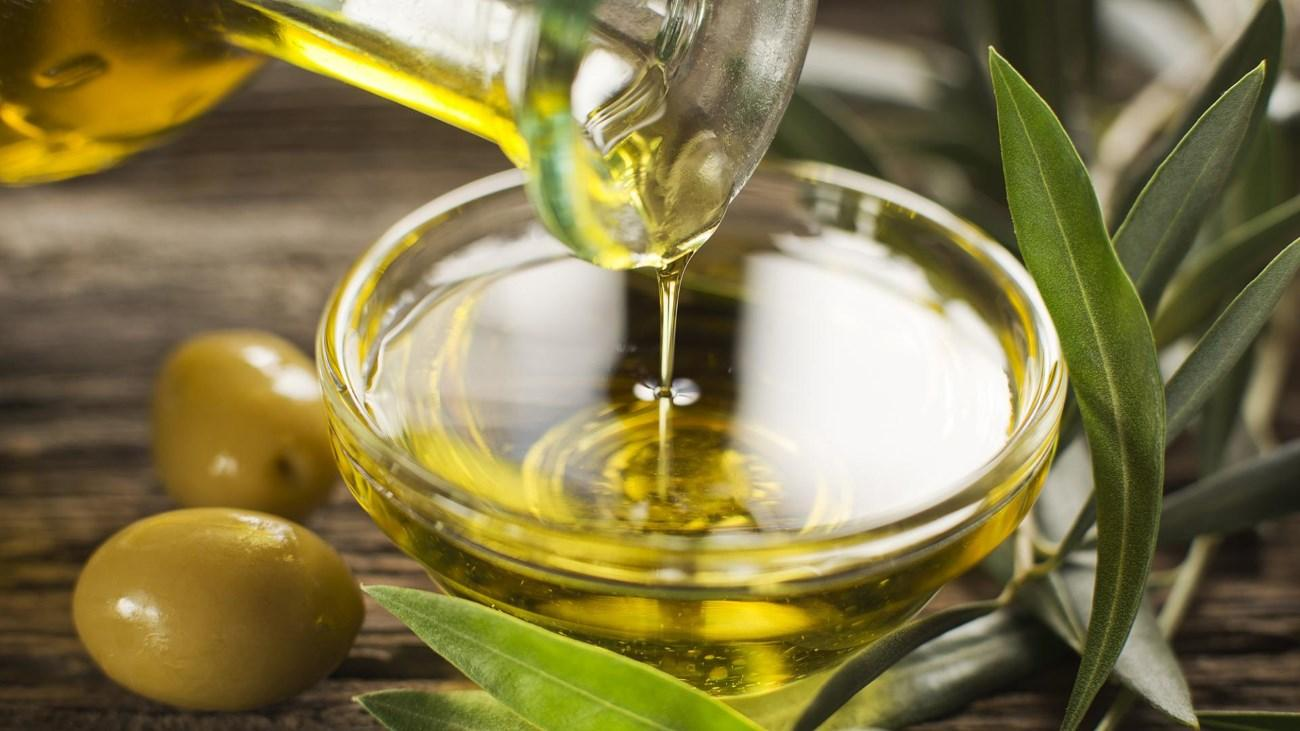 Оливковое масло в диете резко снижает риск импотенции