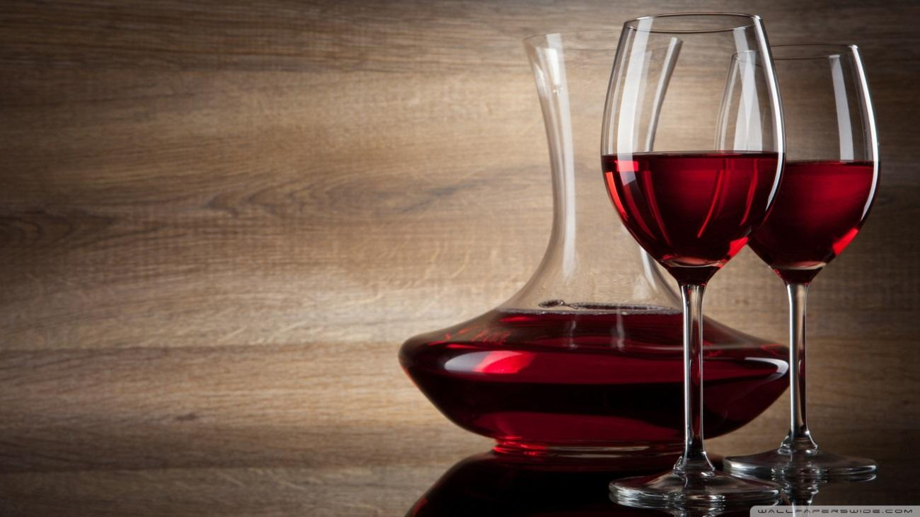 Бокал вина за ужином не спасает от инфаркта и инсульта, но увеличивает риск рака