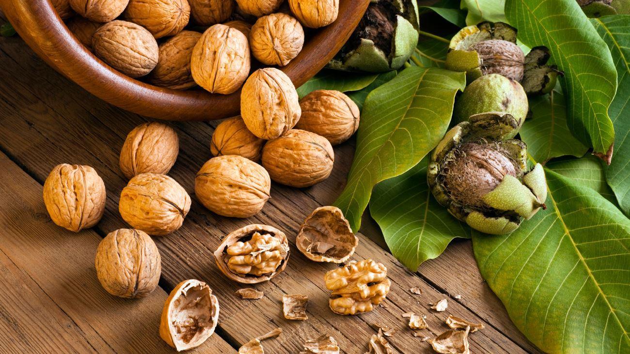 Небольшое количество орехов в диете поможет не набрать лишний вес