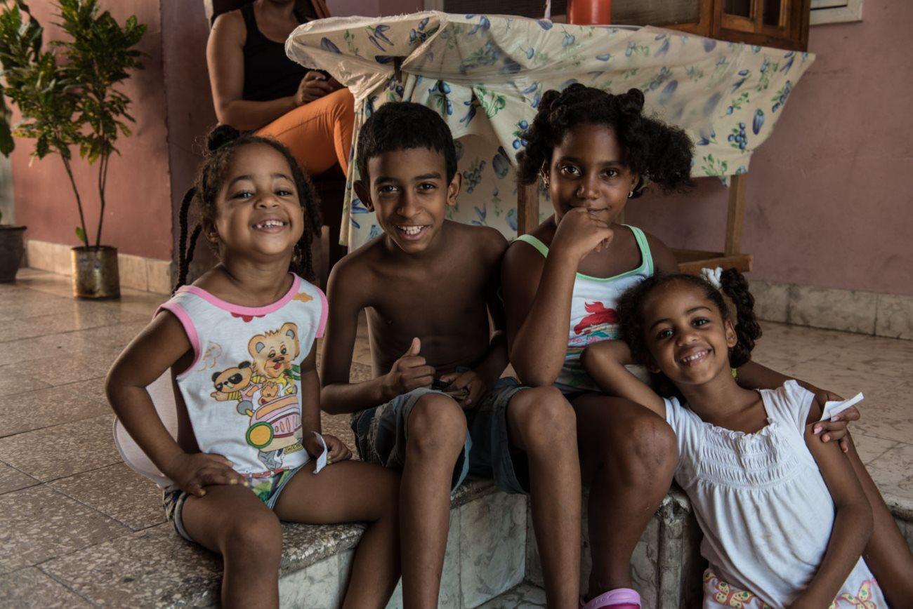 Куба первой в мире остановила передачу ВИЧ от матери ребенку